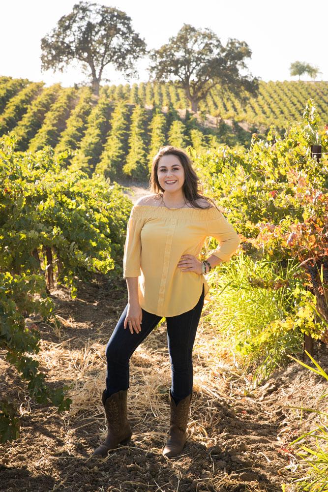 Paso Robles Senior Portrait Photographer Vineyard  001.jpg