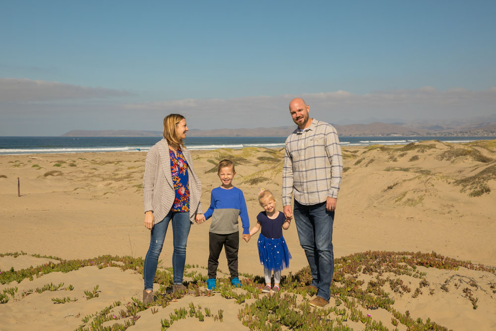 Paso Robles San Luis Obispo Family Portrait Photographer Morro Bay Dunes 004.jpg