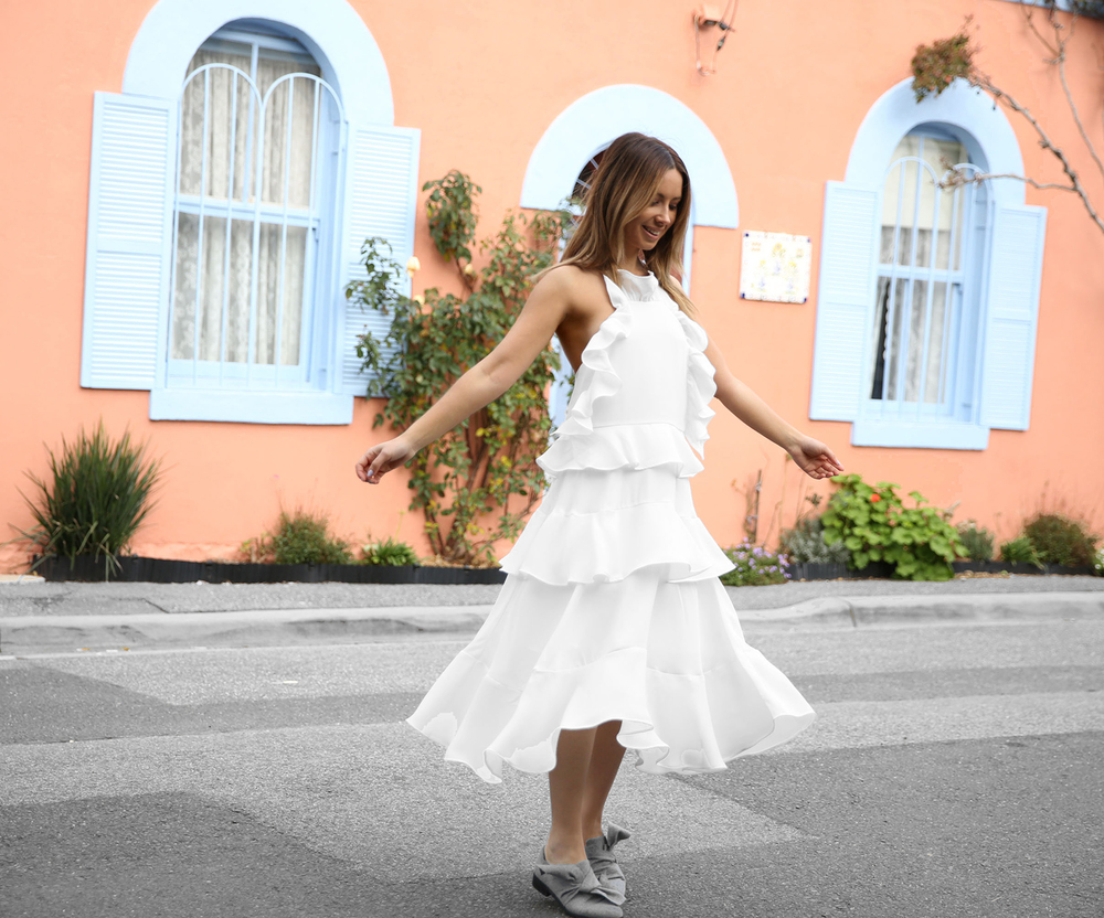 FriendInFashion_WhiteDress_StreetStyle_Vogue_2.jpg