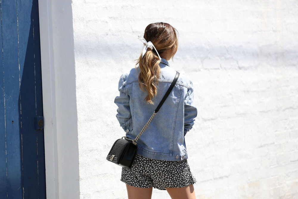 FriendInFashion_StreetStyle_Chanel_Denim_15.jpg