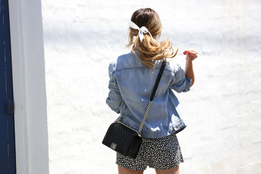 FriendInFashion_StreetStyle_Chanel_Denim_13.jpg