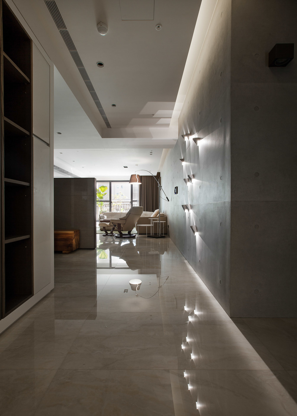 Interior-002-2.jpg