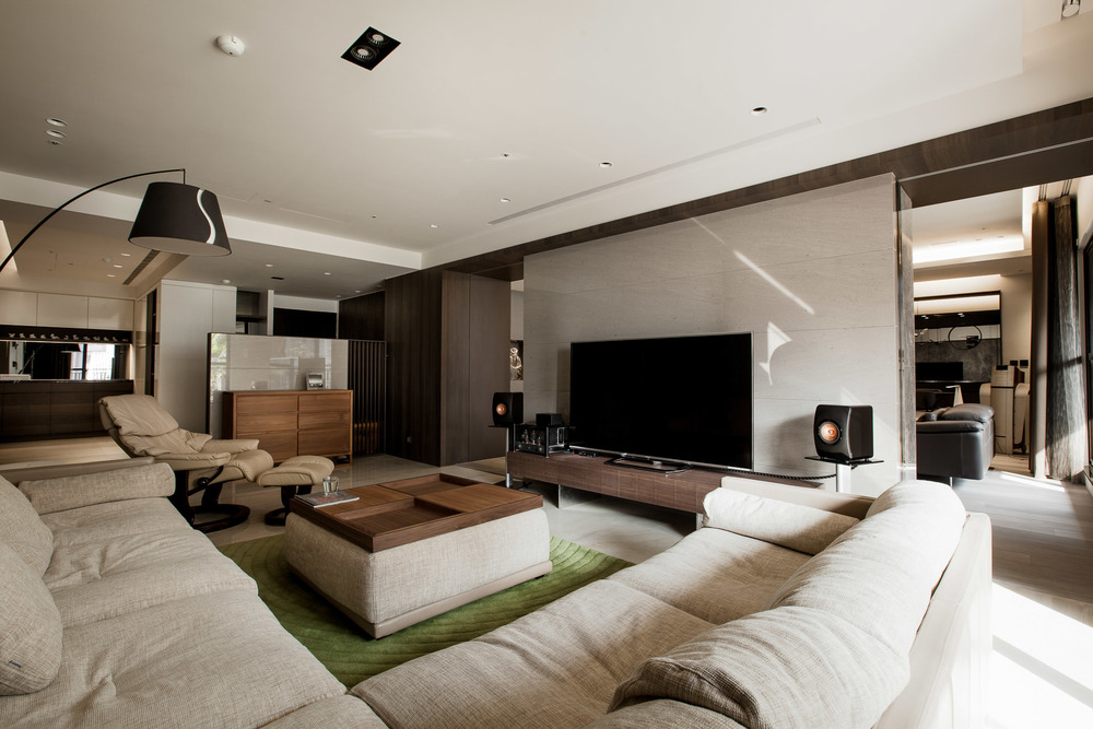 Interior-016-2.jpg