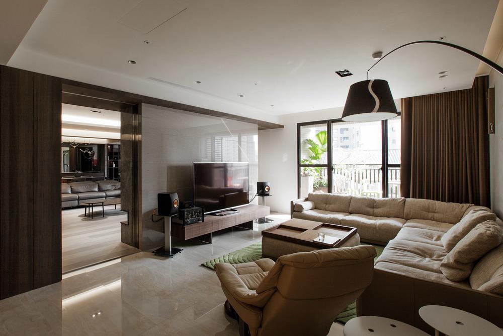 Interior-021-2.jpg