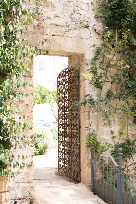 palazzio parisio, malta breakfast, best breakfast, high end, family photographer malta, svensk i malta, naxxar, historic location, architecture of malta