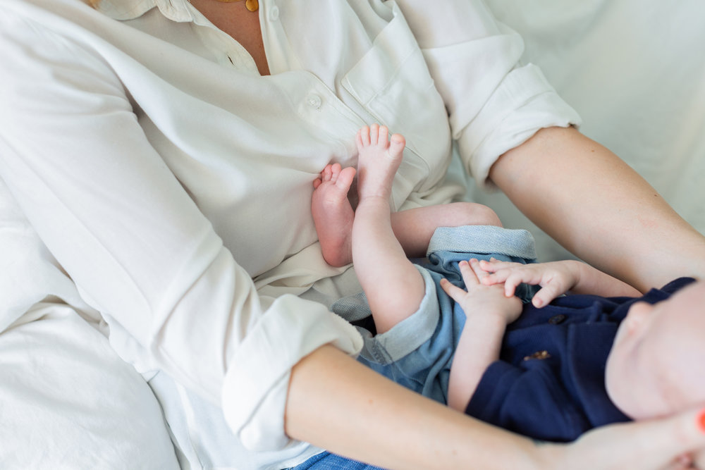 newborn photographer singapore newborn session at home newborn photoshoot singapore precious newborn photos