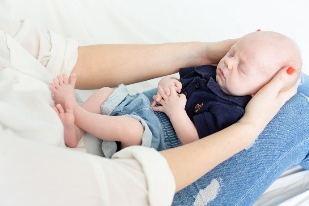 Singapore newborn photographer newborn photo studio singapore natural light photographer singapore newborn photoshoot singapore