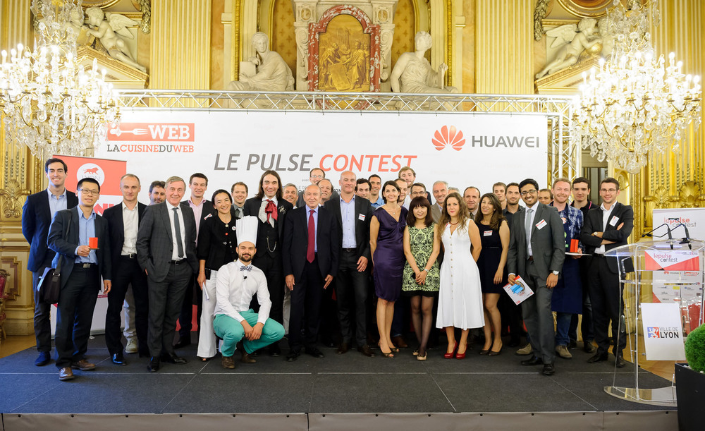 PHOTO DE GROUPE_FINAL.jpg