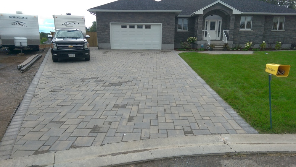 Driveway bench rectangle paver driveway wonderful for Temperature to pour concrete driveway