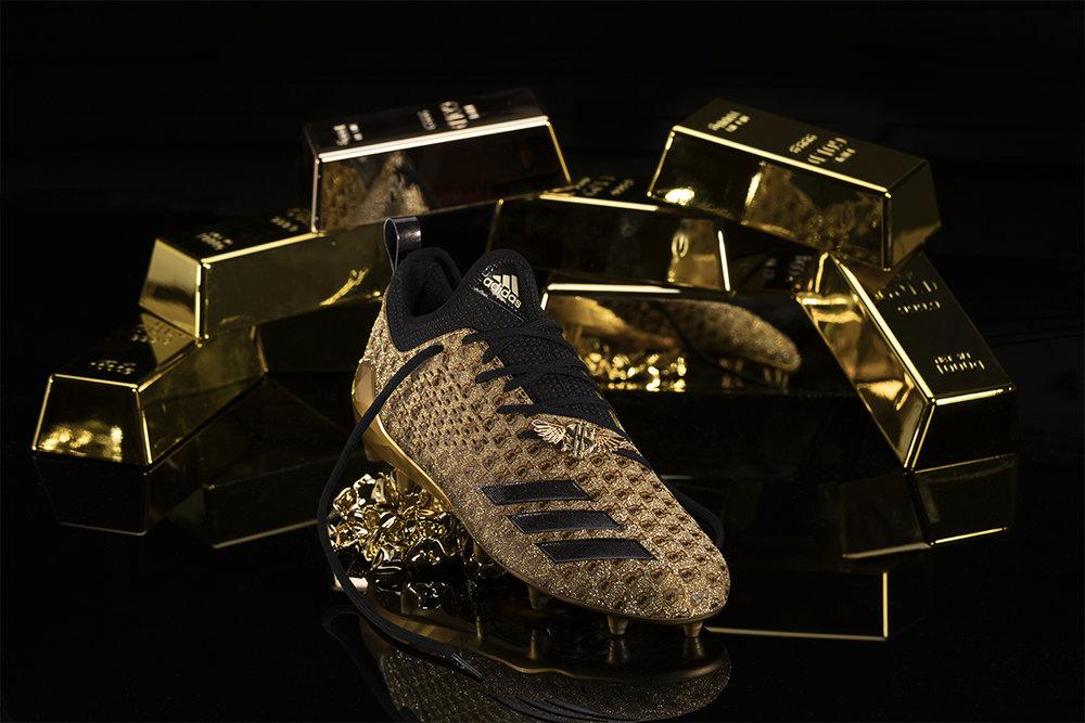 adiMoji_Snoop Money Bag_1.jpg
