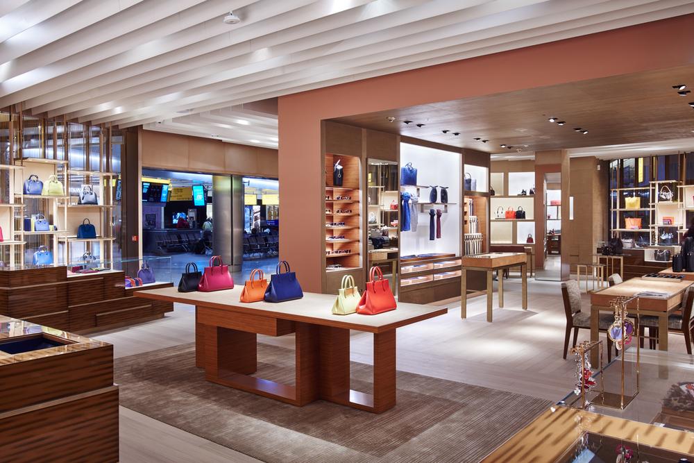 Retail_JamieMcGregorSmith-17.jpg