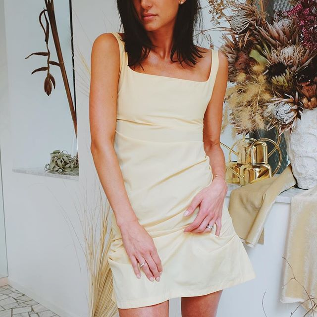 Canary Dress 💫 SS19 online now // #womenforwomen #m33h2o
