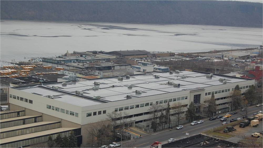 YONKERS, NEW YORK PROJECT: IPARK HUDSON ROOFTOP SOLAR  EPC: INOVATEUS SOLAR, KRAFT  DEVELOPER: HALF MOON VENTURES  ANCHOR PRODUCT USED: U-ANCHOR 2000 Single Ply PROJECT SIZE:  1.08 MW 3,700 PHOTOVOLTAIC SOLAR PANELS