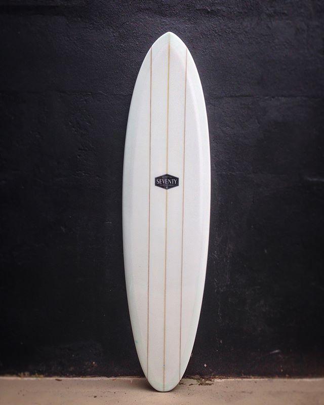 Triple stringer singlefin by @seventysurf #seventysurf #singlefin #surfboard