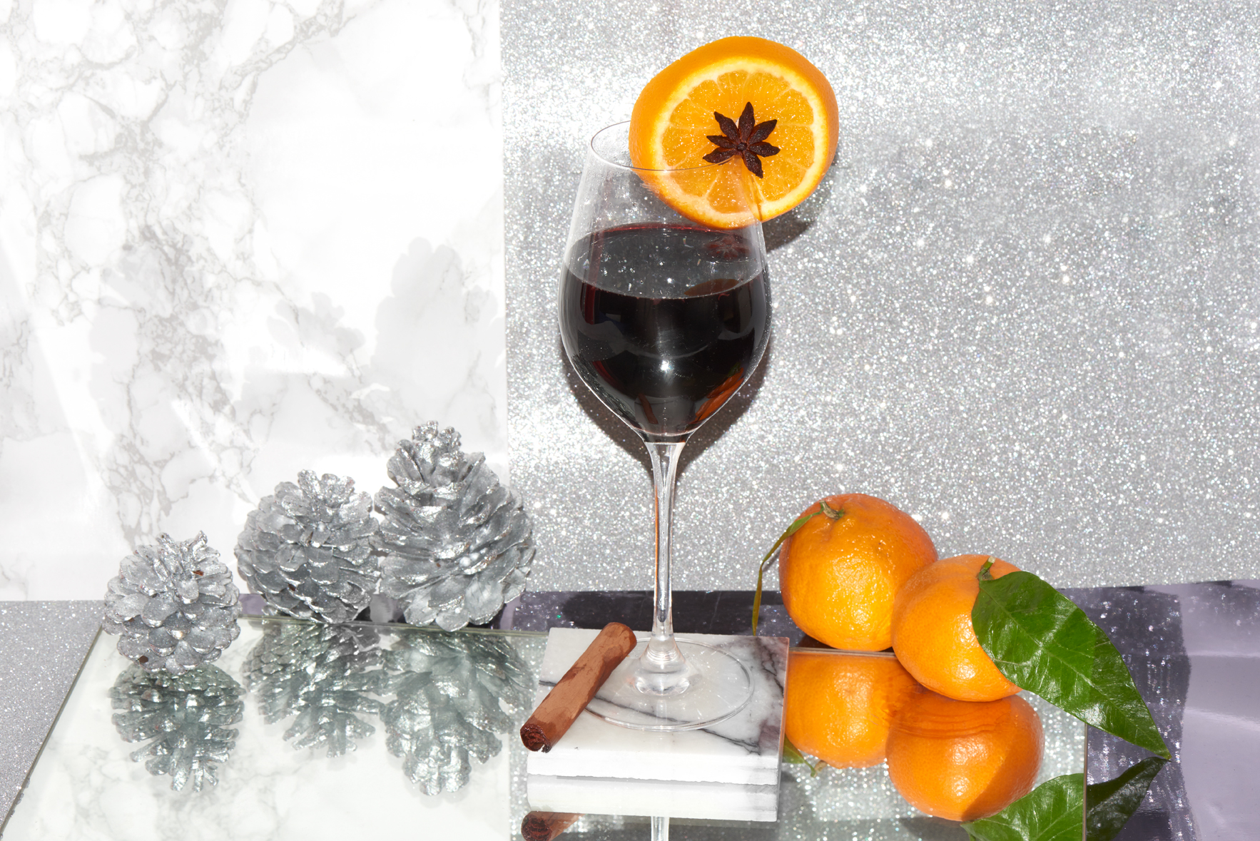 mulled-wine-winter-cocktail-classic-christmas-01