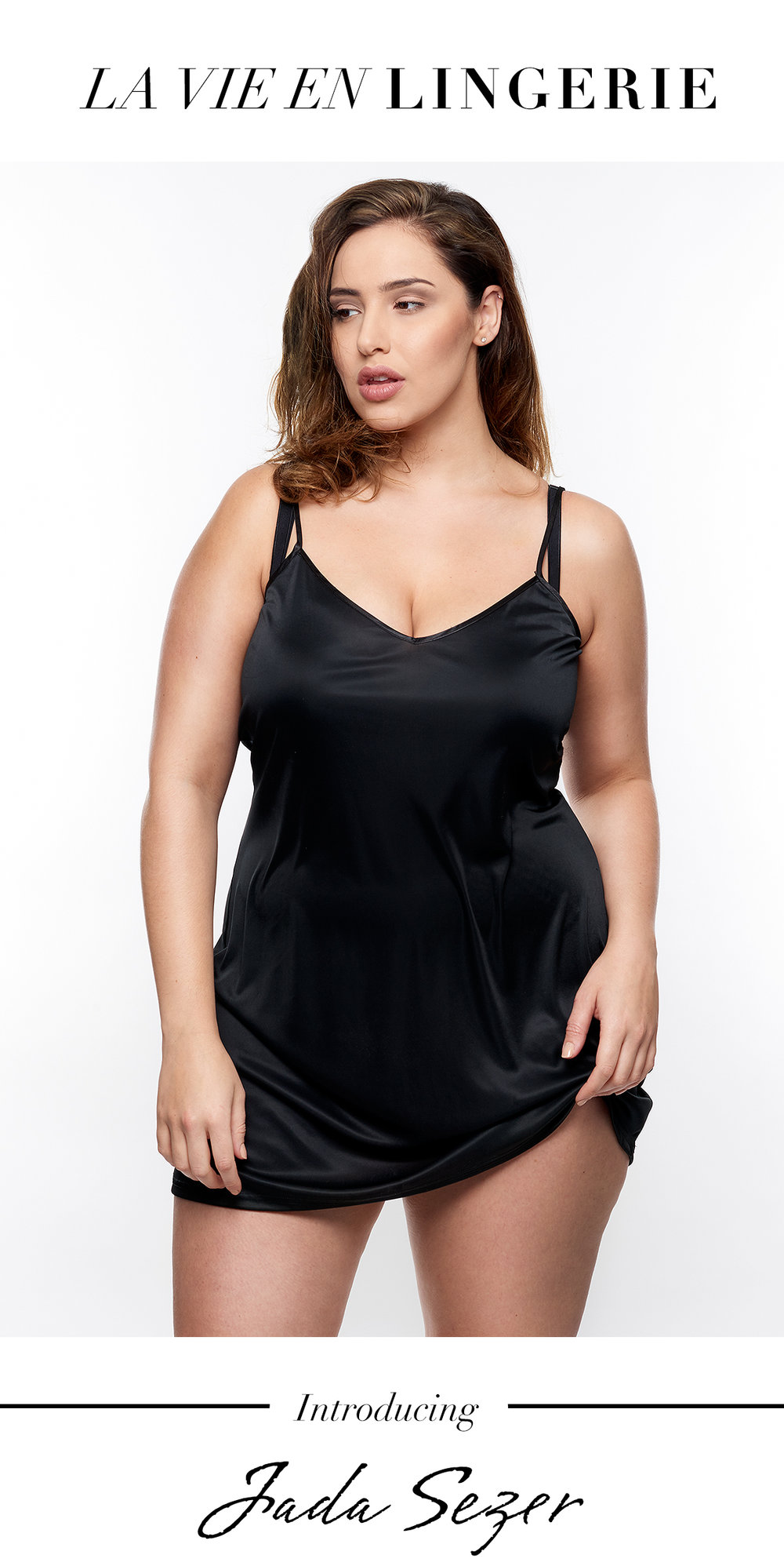 Jada-models-one-1-la-vie-en-lingerie-lingerie-la-femme-plus-size-model-black-slip-dress-02-main.jpg