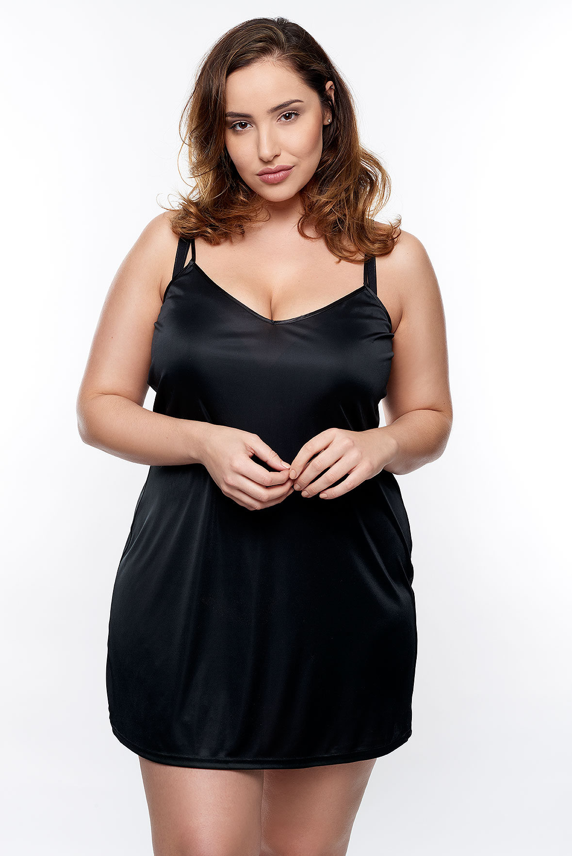 Jada-models-one-1-la-vie-en-lingerie-lingerie-la-femme-plus-size-model-black-slip-dress-05
