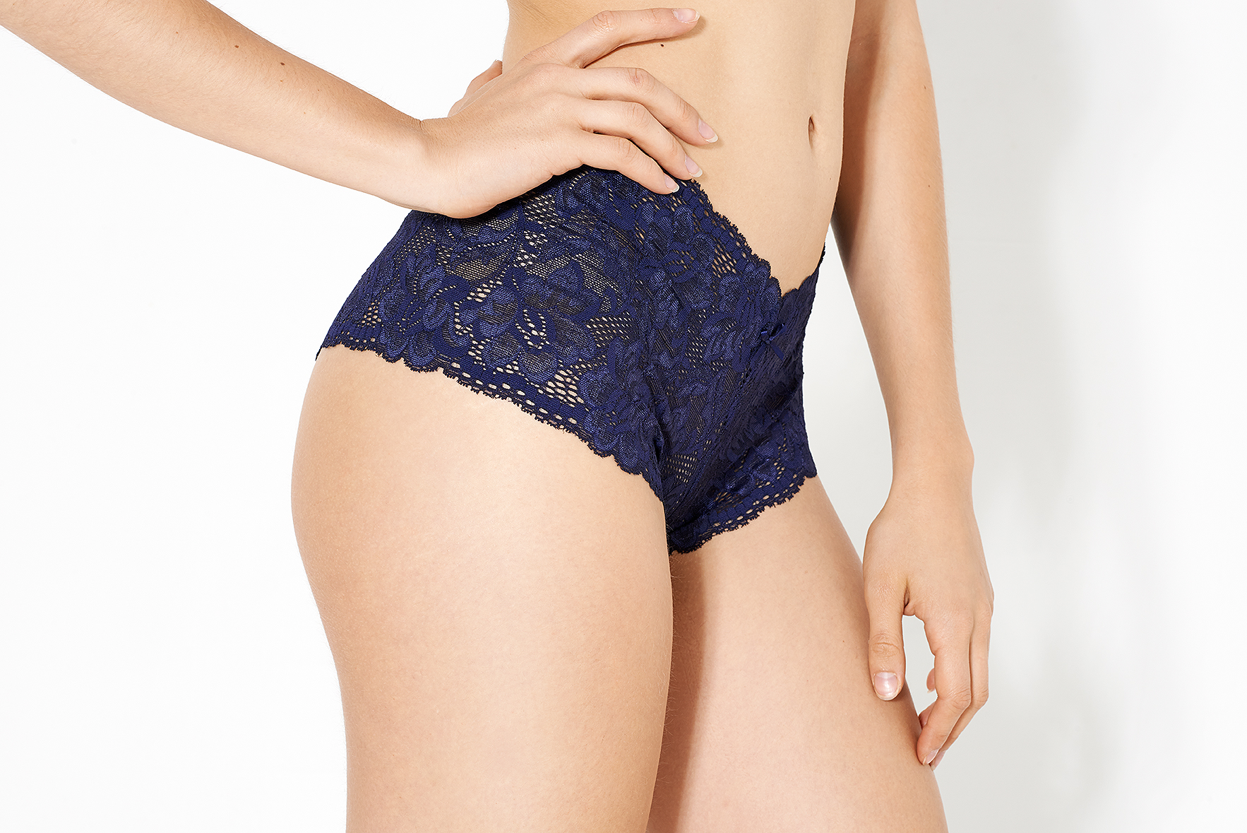 noteworthy-knicker-who-made-your-pants-uk-ethical-lingerie-company-french-knickers-03