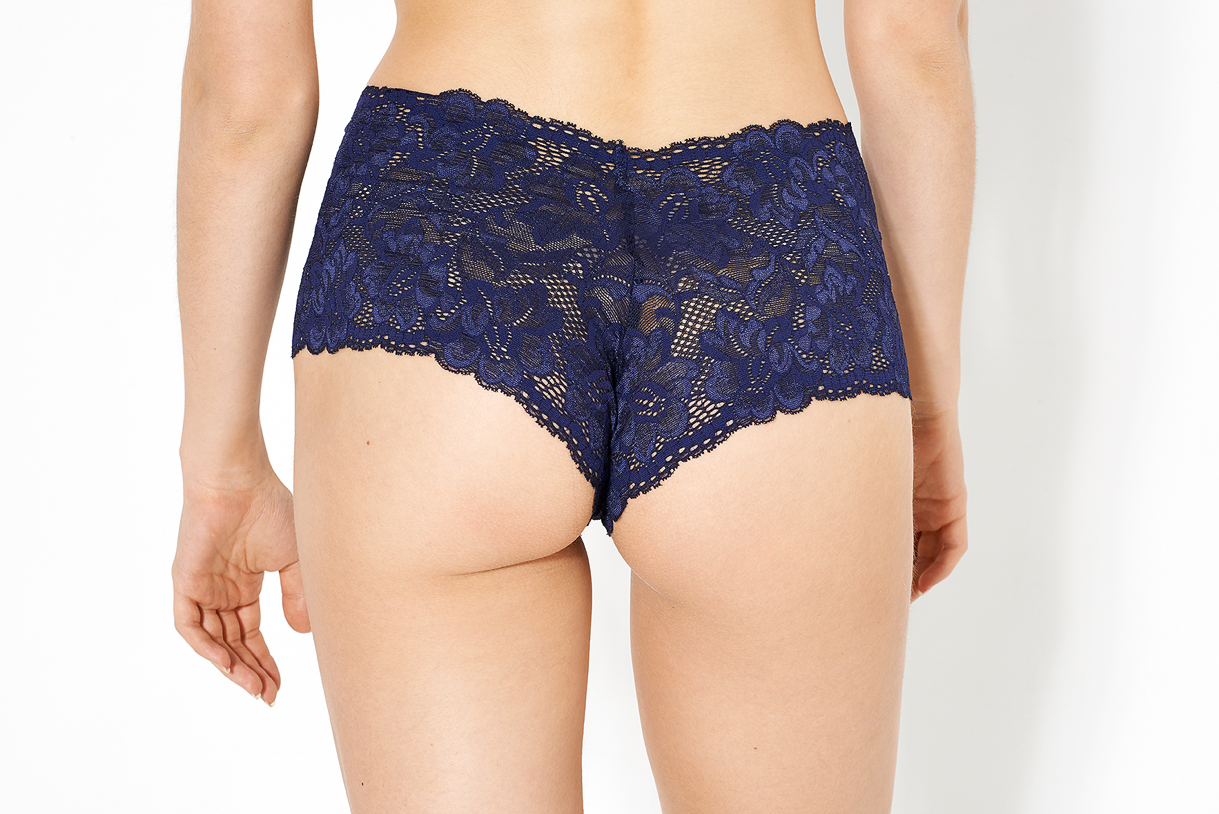 noteworthy-knicker-who-made-your-pants-uk-ethical-lingerie-company-french-knickers-04