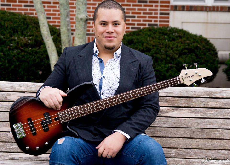 Dr. Ruiz is a higher education professor who teaches music business/industry & entrepreneurship, music production, jazz studies, music in culture, & advises senior projects & theses.