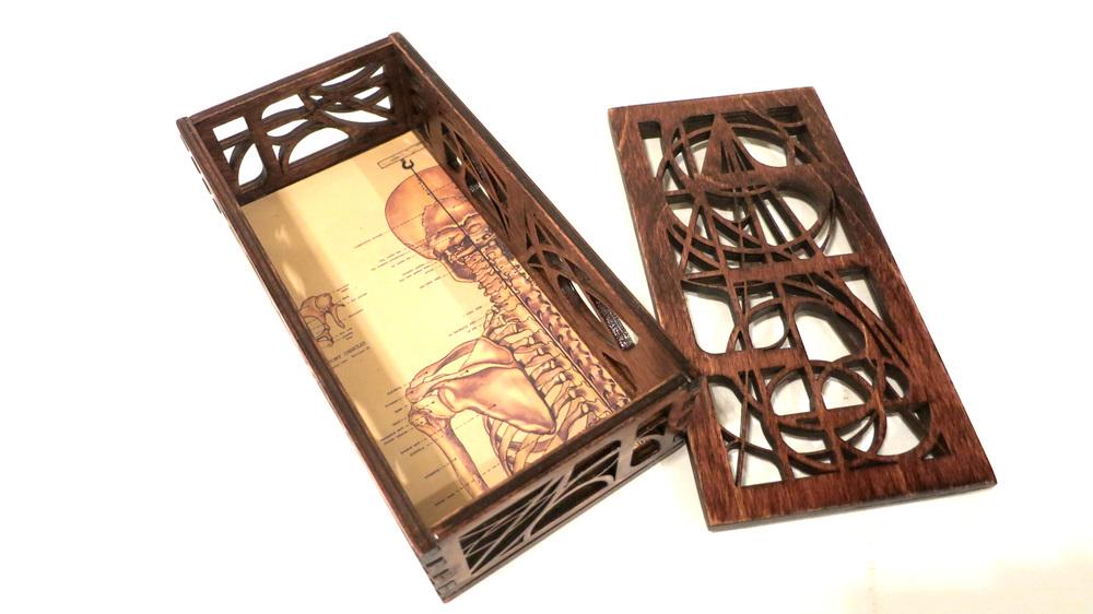 skull box 2.jpg