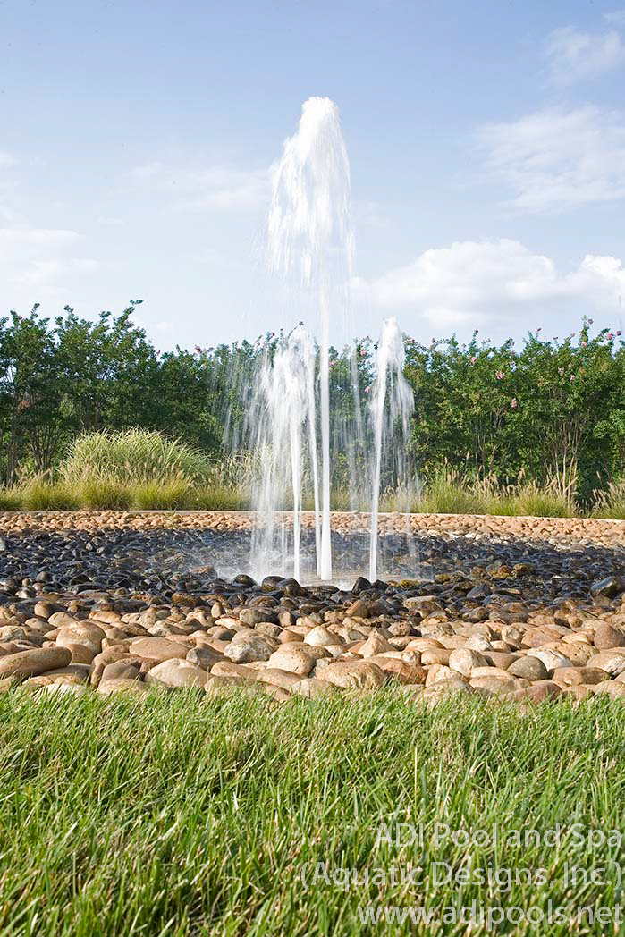 5-geyser-fountain-with-river-rock.jpg