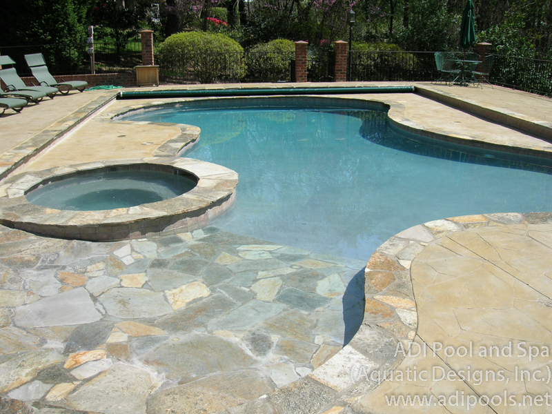 4-pool-spa-combination-with-automatic-cover.jpg