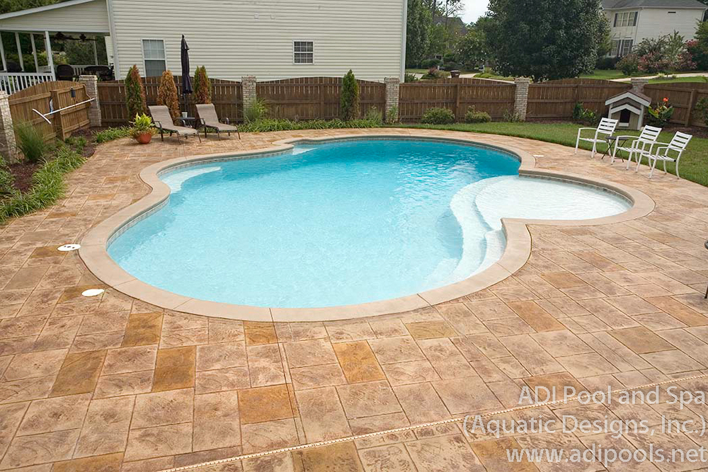 3-gunite-pool-with-stamped-pool-deck.jpg