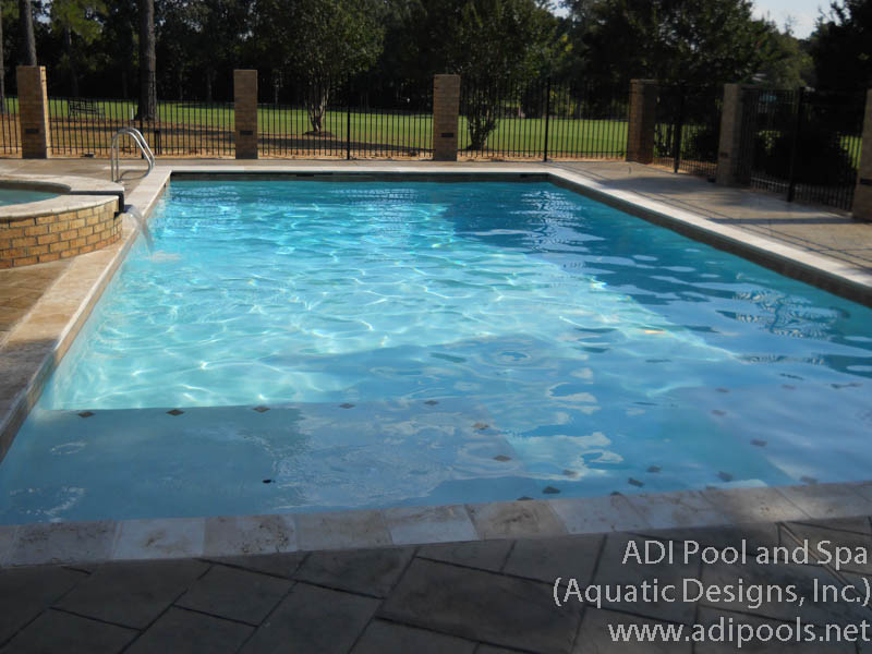 home-pool-with-automatic-cover_0.jpg