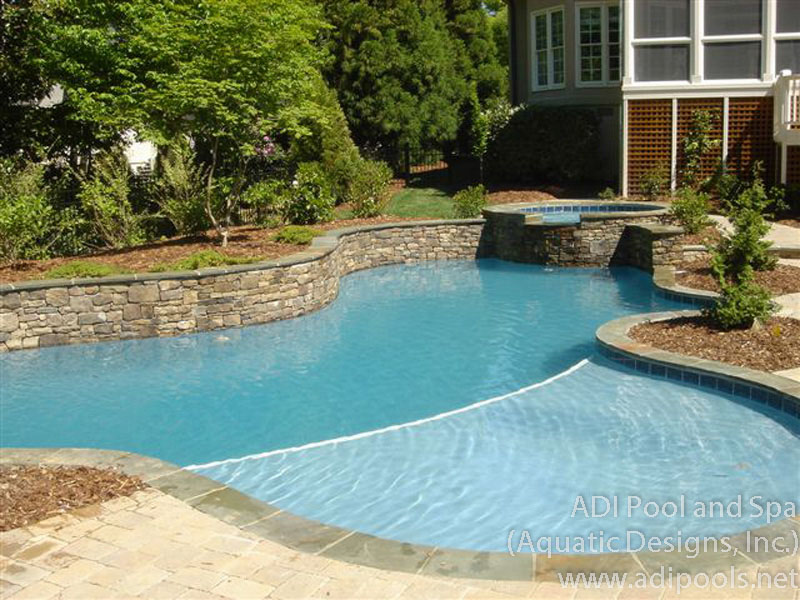 thermal-ledge-in-home-pool.jpg