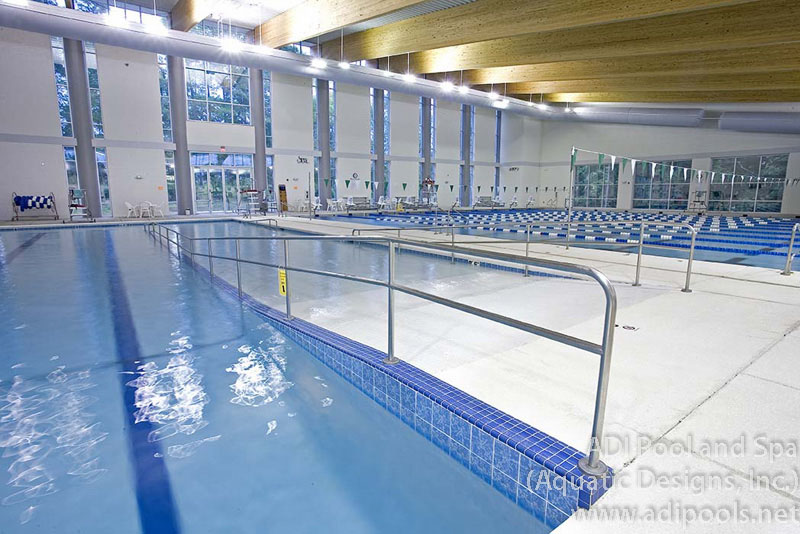 indoor-competition-and-therapy-pool.jpg