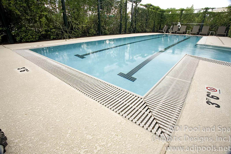 commercial-swimming-pool.jpg