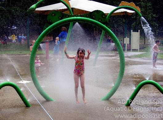 misting-feature-at-splash-pad.jpg