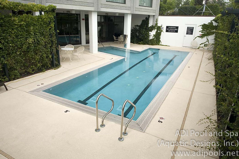 pool-with-swimming-lanes-and-deck-level-gutter.jpg