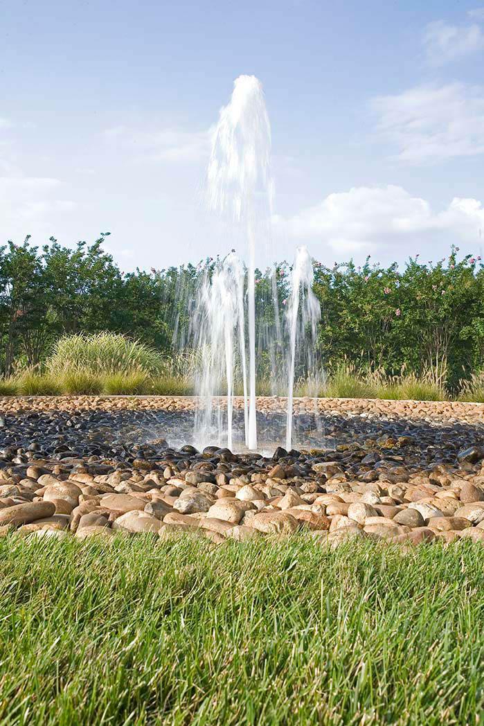 entrance-fountain_0.jpg