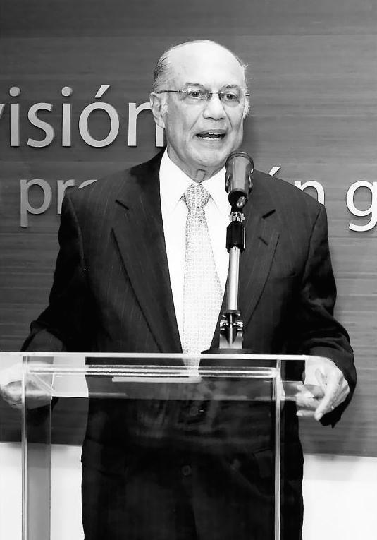 """Nicolás Ardito Barletta, Panamá (1984-1985)  """"Hay que demostrar al ciudadano que puede solicitar información, tener una contraloría que no esté sujeta al ejecutivo y que demuestre en qué se gasta el dinero público, porque eso ayuda a conseguir una mayor transparencia""""."""