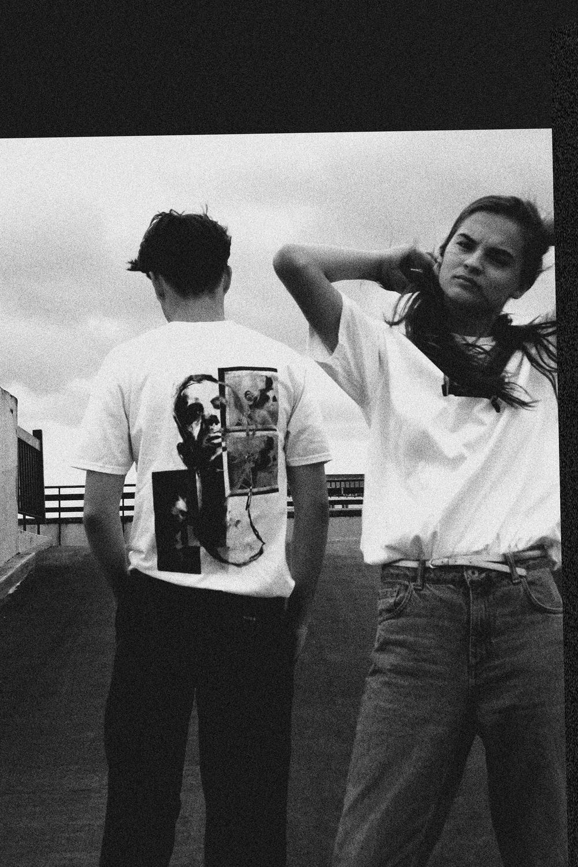 Models Rory O'Brien (@rorryobrien) and Georgie Mason-Mottram (@georgiemm_)