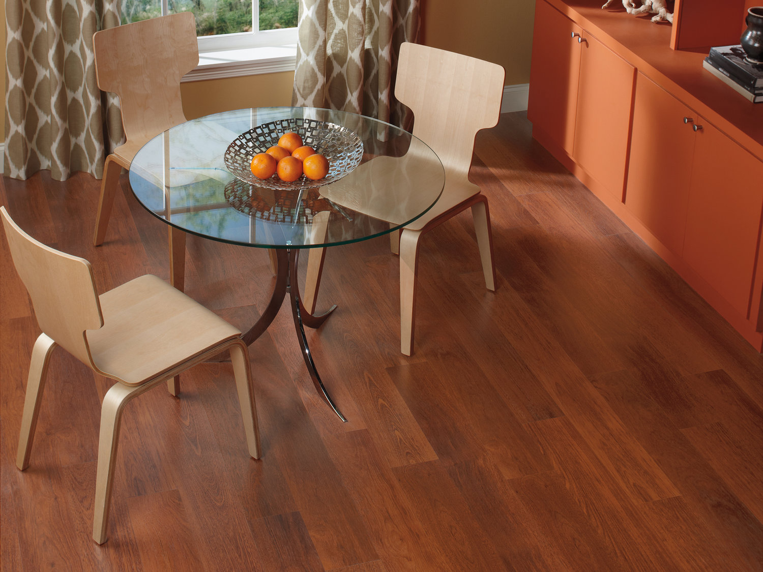 laminate case products wide corbin x flooring lock hardwood matte varying thick length click sq ft floors in mahogany