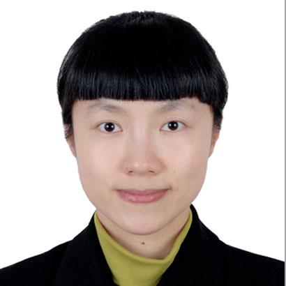"""Yi Chen<br><a href=""""http://www.fotor.com/"""" target=""""_blank""""><b>Fotor</b></a>"""
