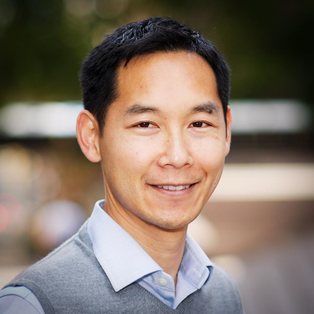 "Kevin Akira Lee<br><a href=""http://www.justvisual.com/"" target=""_blank""><b>JustVisual</b></a>"