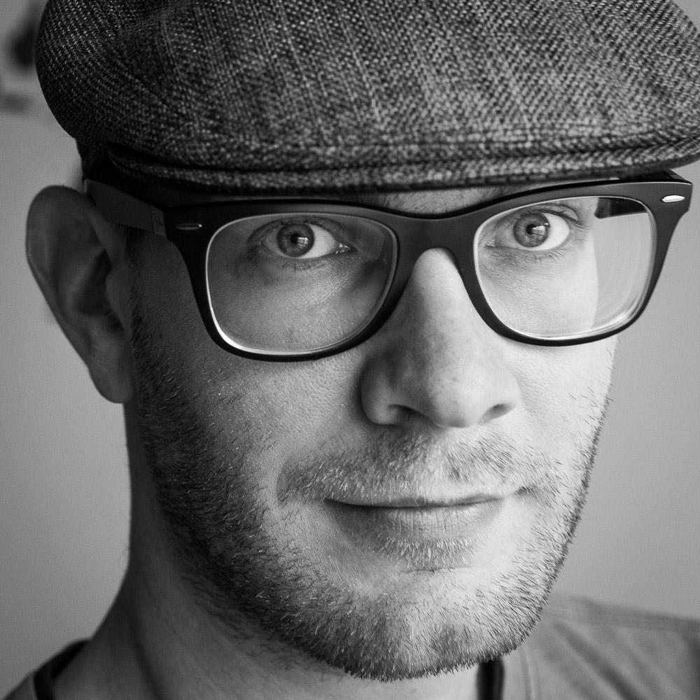 """<a href=""""https://www.linkedin.com/in/hjkamps"""" target=""""_blank""""><i><b>Haje Jan Kamps</i></b></a><br>Writer<br><br><b>TechCrunch</b>"""