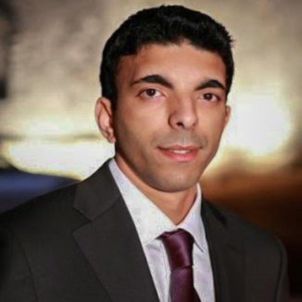 "<i>Sairam Challa</i><br><a href=""https://www.sandisk.com/ixpandflashdrive2"" target=""_blank""><b>SanDisk</b></a>"