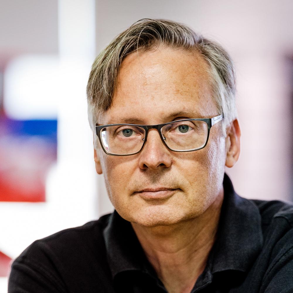Michael Bulbenko    Professional Markets  Training Manager  Fujifilm