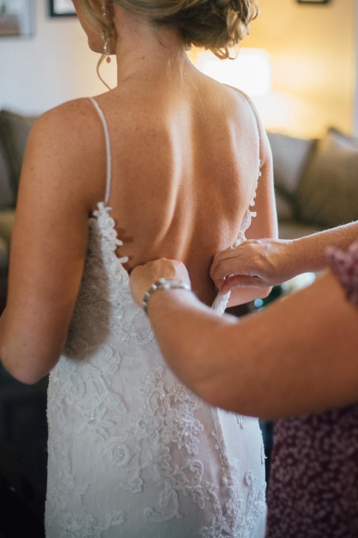 BrideGettingReady-46.jpg