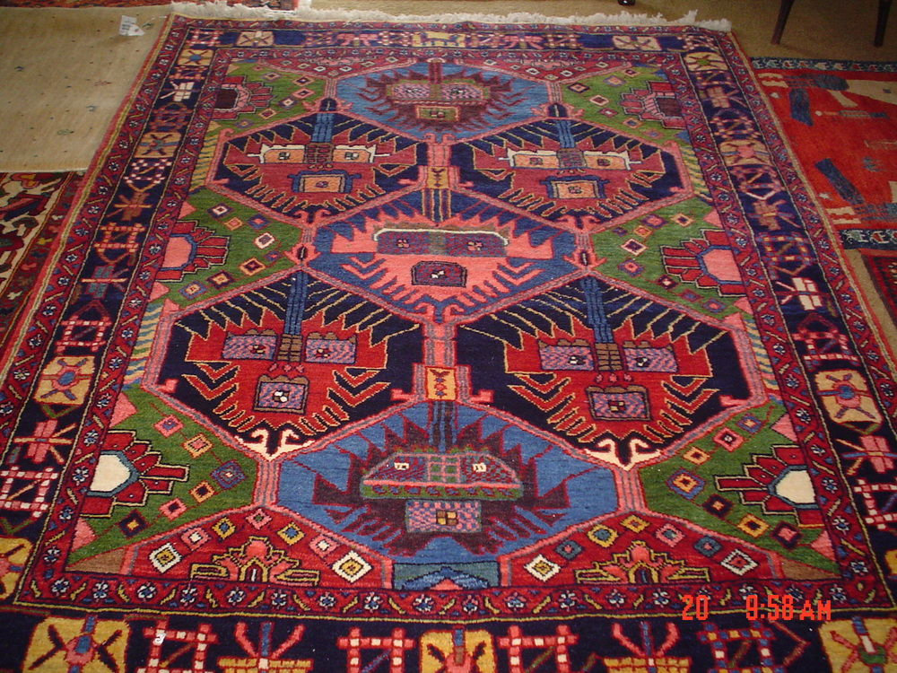 "#28) 5'6"" x 6'9"" Bakhtiari rug in beautiful clear colors."
