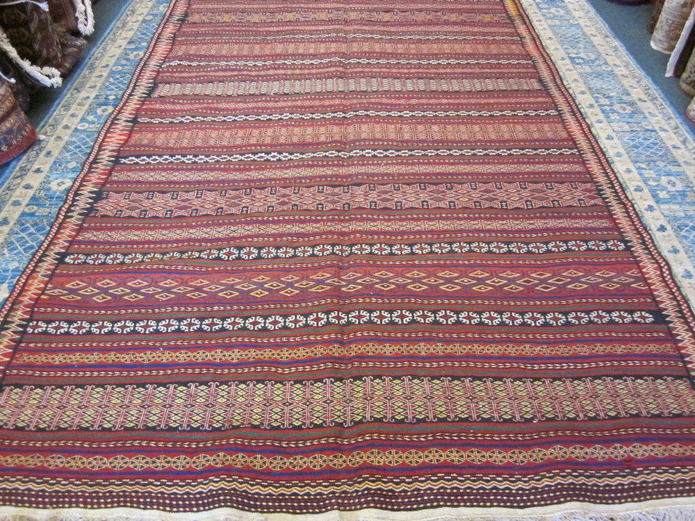 #28) Lovely semi-antique Quchan Kilim. 6' x 11'