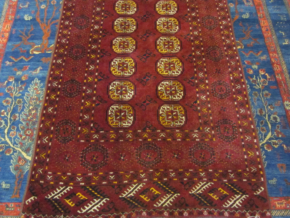"3'10"" x 7'5"" Gorgeous old Tekke Turkoman rug. 20th Century"