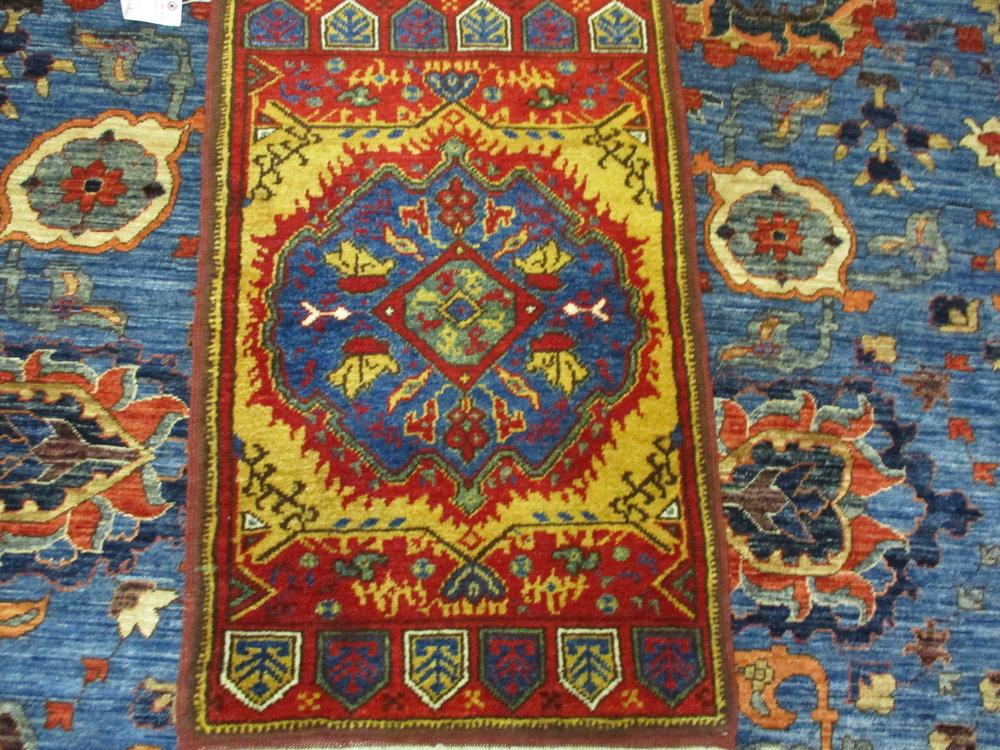 """2' x 3'1"""" new vegetable dyed Turkish rug. Konya"""