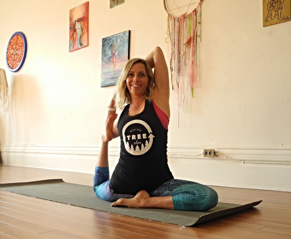 Mindy, LOCAL Health Coach + Yoga Teacher