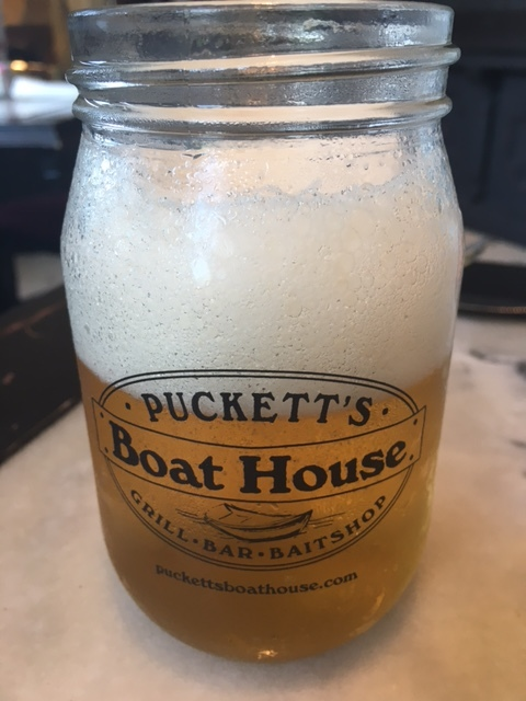 Cold beer in a mason jar. Yes!
